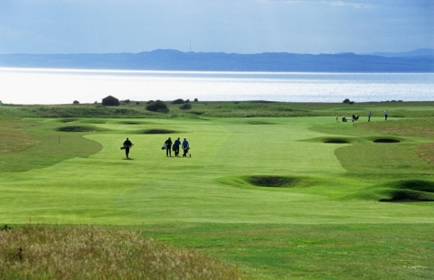 Gullane No 1. 3rd with players