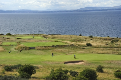 Gullane No 1. 8th green and 9th